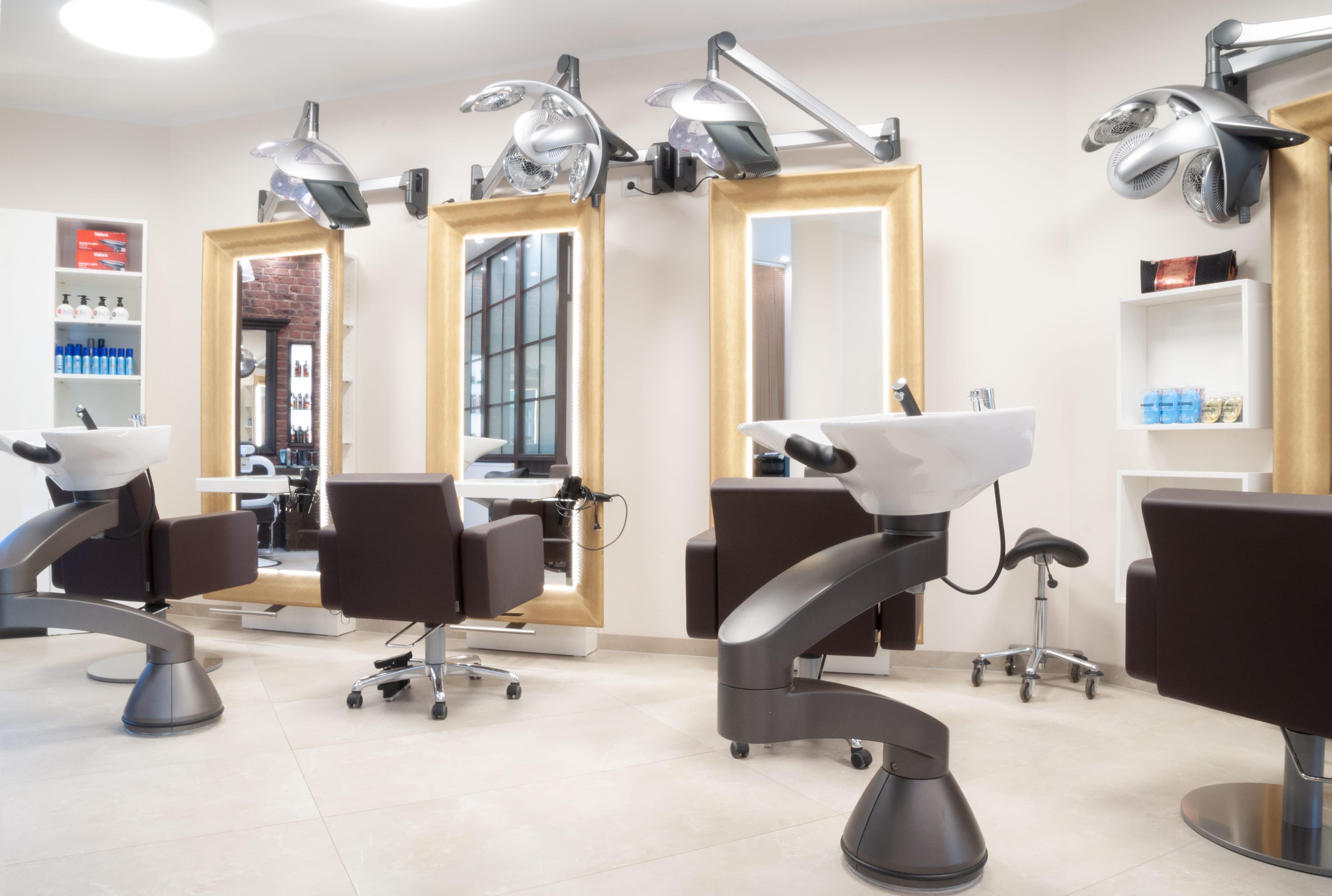 Styling Hair - Friseur-Salon Zorneding mit Wohlfühl-Faktor